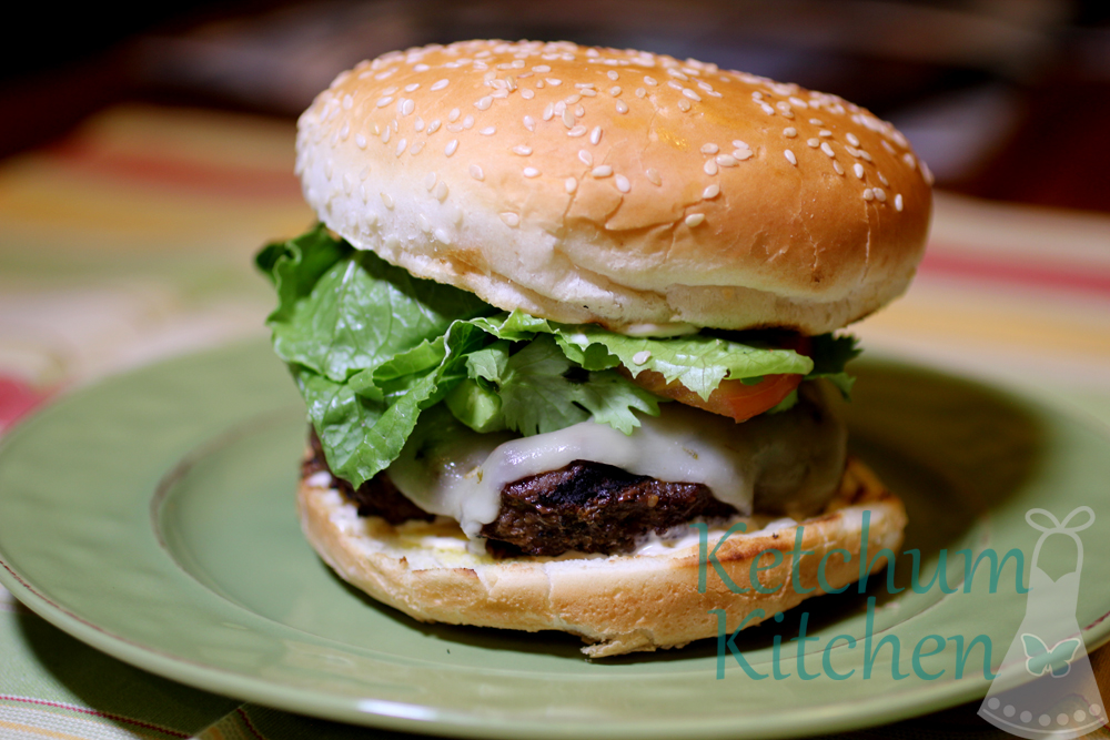 Spicy Burger w/ Chipotle Mayo, Avocado, Cilantro and Pepper Jack Cheese